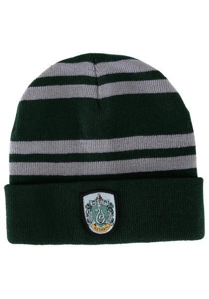 slytherin-knitted-hat.jpg